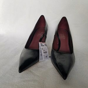 Zara heels, fading on one heel, size 6.5 #S00